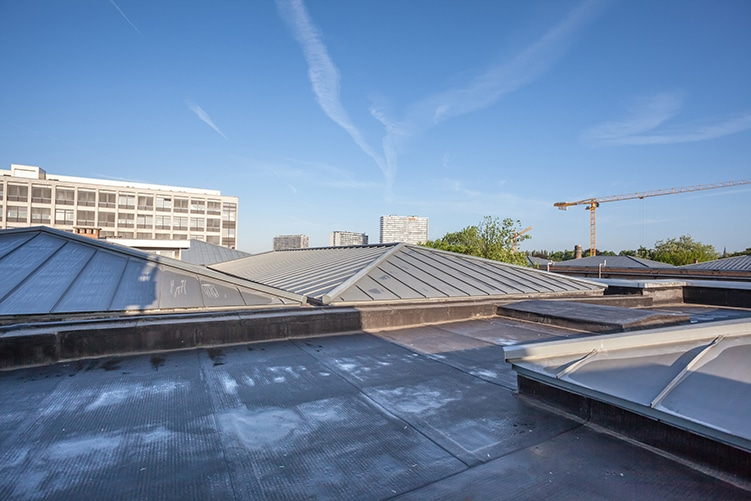 commercial roofing services in Toronto